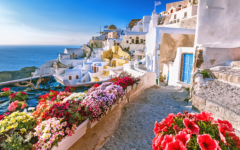 santorini views - 10 reasons to minimoon in Santorini - Luxury Santorini Honeymoon Packages