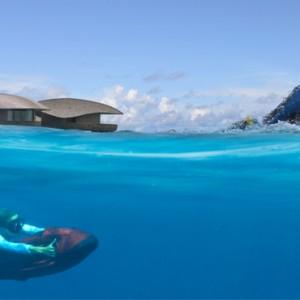 watersports 2 - st regis maldives vommuli - luxury maldives holidays