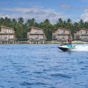 watersports 3 - st regis maldives vommuli - luxury maldives holidays