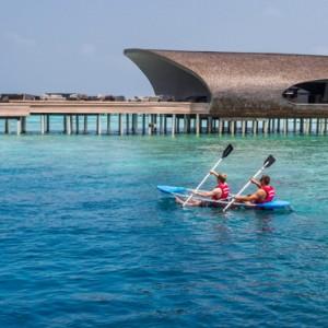watersports- st regis maldives vommuli - luxury maldives holidays