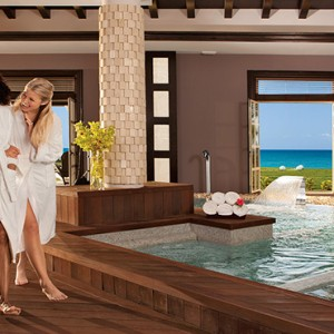 Sandals St James Montego Bay - Luxury Jamaica Honeymoon Packages - Spa