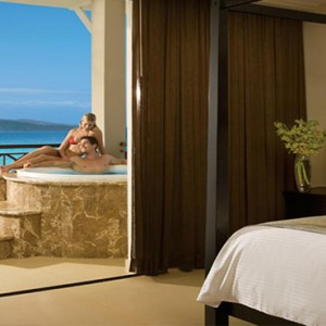 Sandals St James Montego Bay - Luxury Jamaica Honeymoon Packages - room with jacuzzi tub