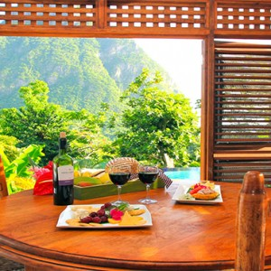 Southfield Estate Resort - Luxury St Lucia honeymoon Packages - One bedroom villa with garden view dining