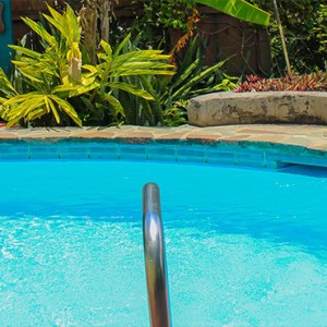 Southfield Estate Resort - Luxury St Lucia honeymoon Packages - One bedroom villa with ocean view pool