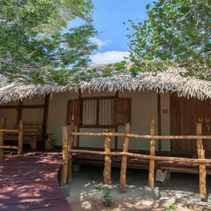 a Huts Yala - Luxury Sri Lanka Honeymoon packages - Cabin