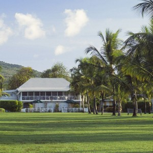 avenue lawn 2 - nisbet plantation beach club - luxury st kitts and nevis honeymoon packages