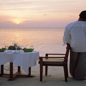 Angsana Ihuru Island - Luxury Maldives Honeymoon Packages - private dining