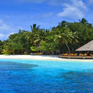 Angsana Ihuru Island - Luxury Maldives Honeymoon Packages - restaurant view