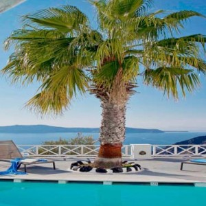 Cliff Side Suites Santorini - Luxury Greece Honeymoon Packages - Pool bar
