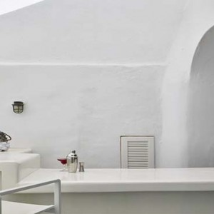 Cliff Side Suites Santorini - Luxury Greece Honeymoon Packages - Pool bar interior