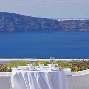 Cliff Side Suites Santorini - Luxury Greece Honeymoon Packages - breakfast and dining