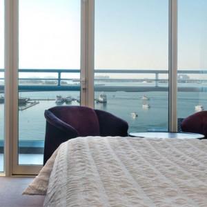 Deluxe Sea View Room - Le Meridien Mina seyahi - Luxury dubai Honeymoon Packages