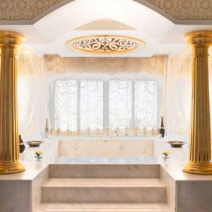 Dubai Honeymoon Packages Jumeirah Zabeel Saray Grand Imperial Suite Bathroom