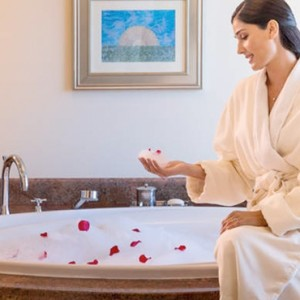 Executive Club Suite 3- Atlantis The Palm dubai - Luxury dubai honeymoon packages
