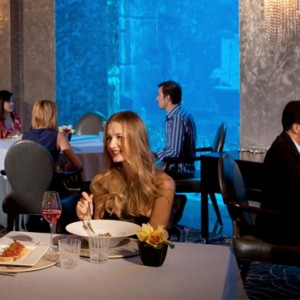 Oassiano - Atlantis The Palm dubai - Luxury dubai honeymoon packages