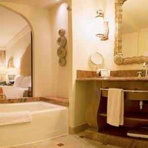 Ocean Deluxe Room 4 - Atlantis The Palm dubai - Luxury dubai honeymoon packages
