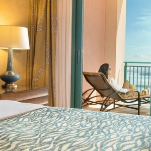 Terrace Club Suite 4 - Atlantis The Palm dubai - Luxury dubai honeymoon packages