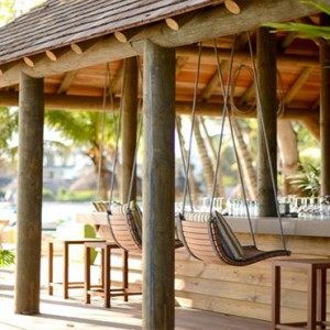 The Ravenala Attitude - Luxury mauritius honeymon packages - O'beach restaurant