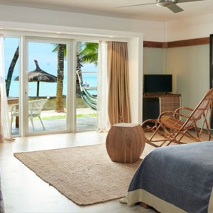 The Ravenala Attitude - Luxury mauritius honeymoon packages - Executive Seafront adult suite1