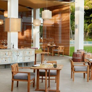 The Ravenala Attitude - Luxury mauritius honeymoon packages - Madame ming restaurant1