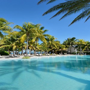 The Ravenala Attitude - Luxury mauritius honeymoon packages - pool2