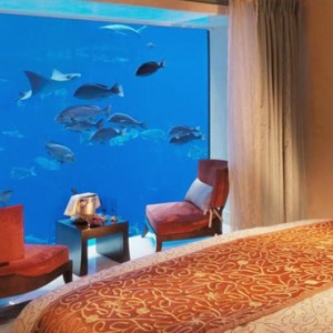 Underwater Suite 2 - Atlantis The Palm dubai - Luxury dubai honeymoon packages