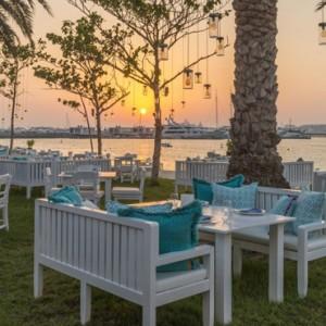 dining 7 - Le Meridien Mina seyahi - Luxury dubai Honeymoon Packages