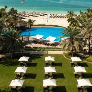 exterior 2 - Le Meridien Mina seyahi - Luxury dubai Honeymoon Packages