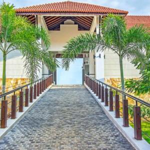 exterior 2 - Sun Aqua Pasikudah - Luxury Sri Lanka Honeymoon Packages