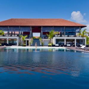 exterior - Sun Aqua Pasikudah - Luxury Sri Lanka Honeymoon Packages