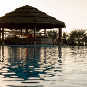 infinity pool - Le Meridien Mina seyahi - Luxury dubai Honeymoon Packages