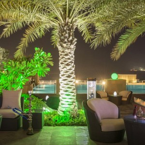 lounge 2 - sofitel dubai jumeirah beach - luxury dubai honeymoon packages