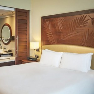 luxury room 2 - sofitel dubai jumeirah beach - luxury dubai honeymoon packages