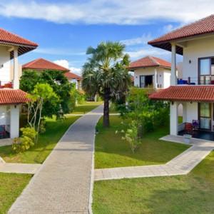 suites - Sun Aqua Pasikudah - Luxury Sri Lanka Honeymoon Packages