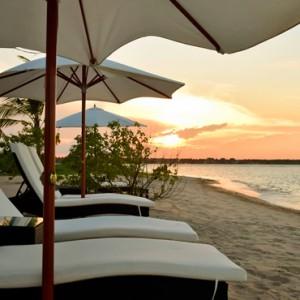 sunset - Sun Aqua Pasikudah - Luxury Sri Lanka Honeymoon Packages