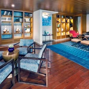 voyager lounge 2 - amari galle sri lanka - luxury sri lanka honeymoon packages