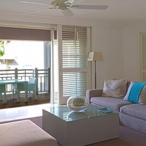 Luxury Mauritius Honeymoon Packages - Lux* Belle Mare - Honeymoon suite living area