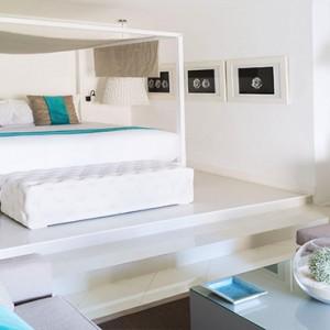 Luxury Mauritius Honeymoon Packages - Lux* Belle Mare - Honeymoon suite1