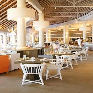 Luxury Mauritius Honeymoon Packages - Lux* Belle Mare - Mixe restaurant2