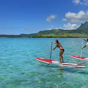 Luxury Mauritius Honeymoon Packages - Lux* Belle Mare - Stand up paddle boarding
