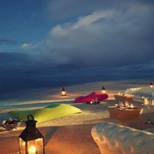 Luxury Mauritius Honeymoon Packages - Lux* Belle Mare - cinema at the beach