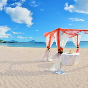 Maradiva Villas Resort & Spa - Luxury Mauritius Honeymoon Packages - Beach wedding