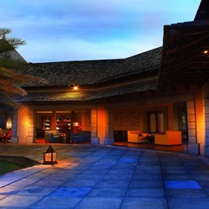 Maradiva Villas Resort & Spa - Luxury Mauritius Honeymoon Packages - Breaker bar exterior at night