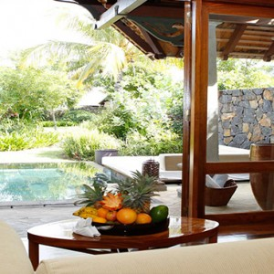 Maradiva Villas Resort & Spa - Luxury Mauritius Honeymoon Packages - Garden Suite Pool Villa interior view