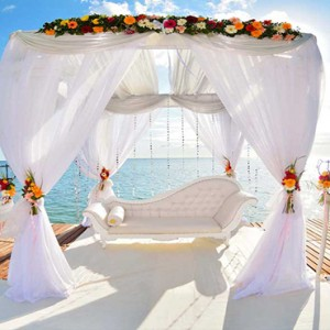 Maradiva Villas Resort & Spa - Luxury Mauritius Honeymoon Packages - Jetty wedding1