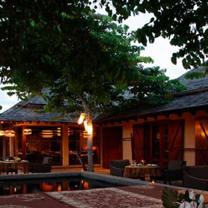 Maradiva Villas Resort & Spa - Luxury Mauritius Honeymoon Packages - Restaurant