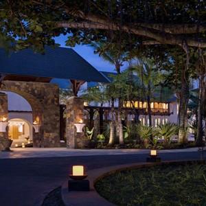 Mauritius Honeymoon Packages Shangri La's Le Touessrok Resort And Spa Hotel Entrance