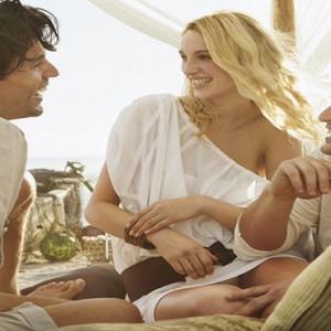 Mauritius Honeymoon Packages Shanti Maurice Resort & Spa Picnic