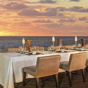 Mauritius Honeymoon Packages St Regis Mauritius Dining On The Terrace