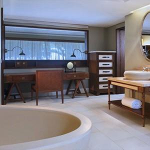 Mauritius Honeymoon Packages St Regis Mauritius Ocean Junior Suite Bathroom